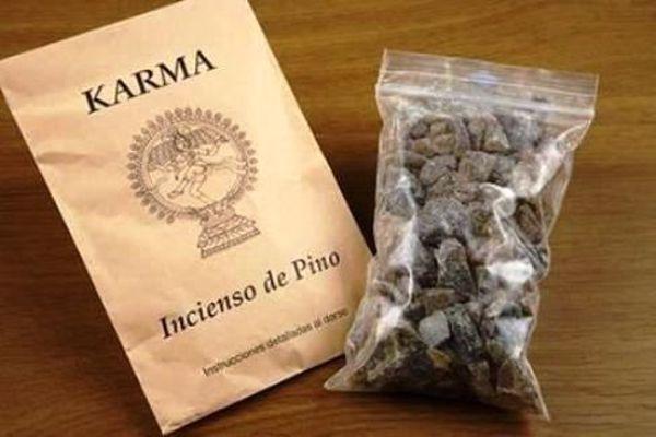 Imagen de INCIENSO DE PINO (SOBRE 100 GR APROX)